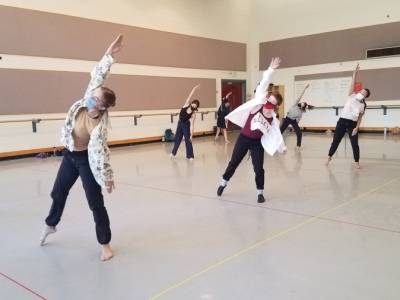 Guest Artist Melanie George premieres work at Performing Dance Company fall concert