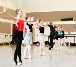 Engage your creativity with Spring non-major classes!